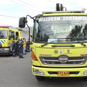carro de bomberos medellin