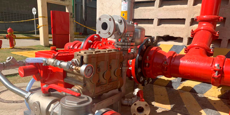 Sistema contra incendios a base de espuma