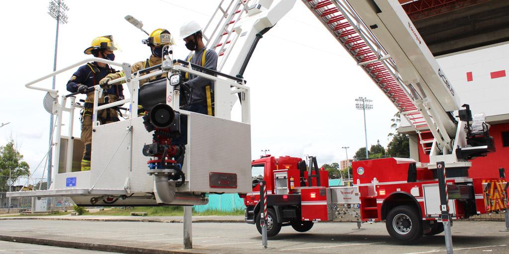 vehículo escalera para rescate